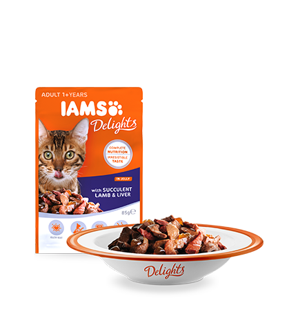 IAMS Delights with Succulent Lamb and Liver in Jelly